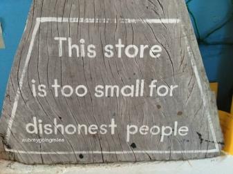 honesty-coffee-shop-2_fotor